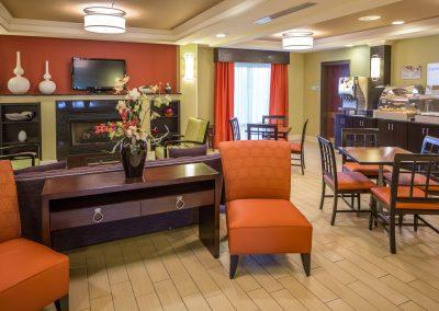 hiex-westgate-spartanburg-breakfast-room